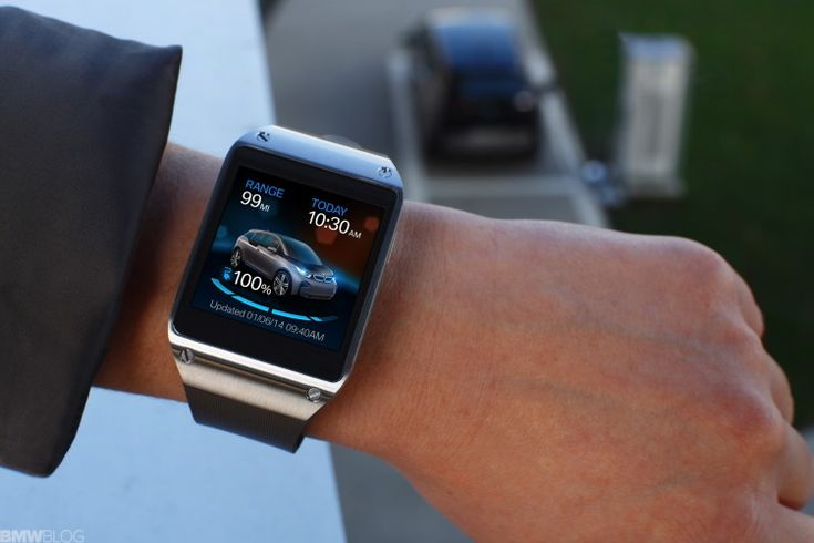 Now you can access your BMW i3 from your wrist. BMW + Samsung's Smart Watch = Perfection.