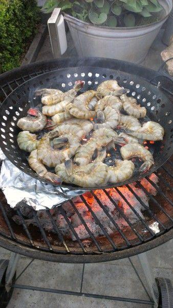 Gemarineerde Knoflook Gamba's voor de barbecue