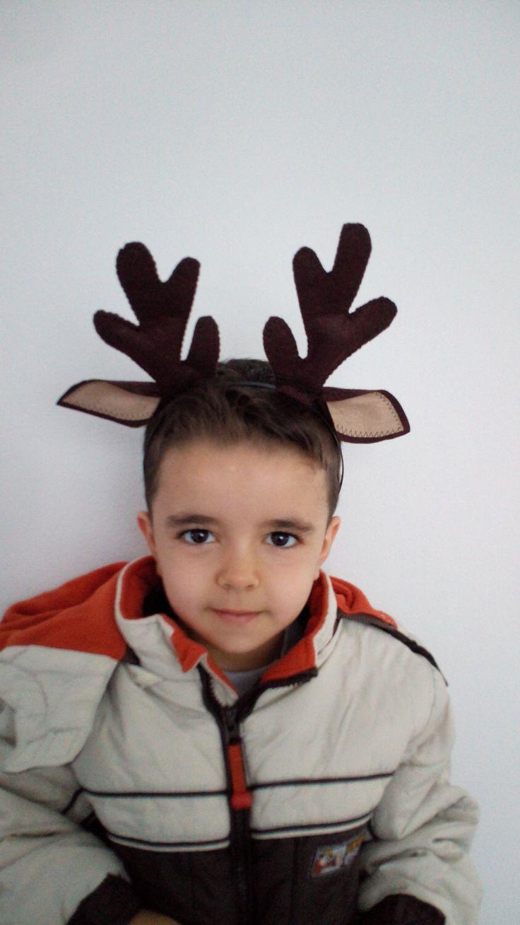 Felted Reindeer horn-Reindeer horn-Deer Ears with horn-Reindeer headband-Halloween Costume-Deer Antler Headband-adult size costume by xfunnyx on Etsy https://www.etsy.com/listing/250418731/felted-reindeer-horn-reindeer-horn-deer