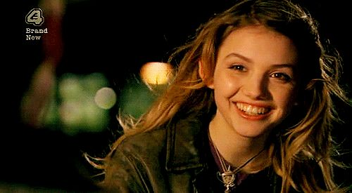 """Skins, season 2, episode 9, """"Cassie,"""" aired 7 April 2008. Cassie Ainsworth is played by Hannah Murray and partly in the frame on the left is Adam, played by Stephen Michael Kane. Cassie goes to New York City after she is traumatized by the death of her friend Chris Miles, played by Joe Dempsie."""