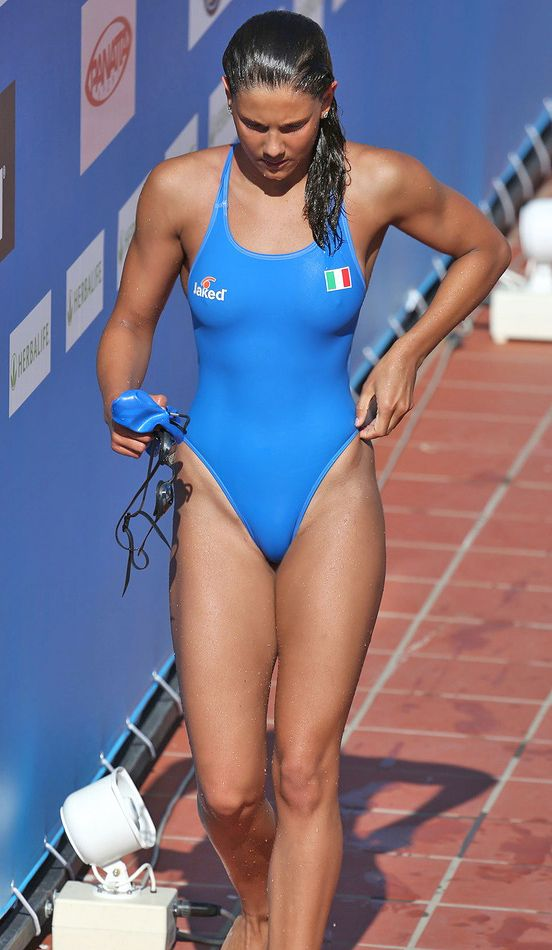 women Hot nude triathlon
