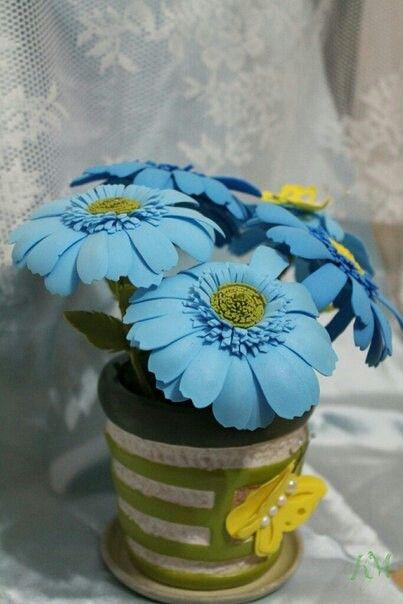 Голубые ромашки из фомы)