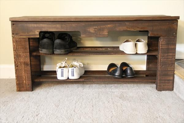 It would also work excellent as a DIY Recycled Pallet Shoe Rack if you like to do so. The design is just fantastic to use as lobby furniture. The part section can be filled with kid's toys, shoes and with other things of your interest.