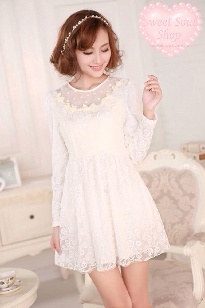White Long Sleeve Dresses