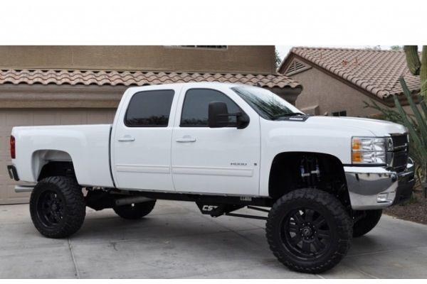 Lifted white Chevy. Black rims | Trucks&FastCars ...