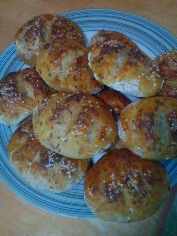 chlebové dalamánky se solí a kmínem