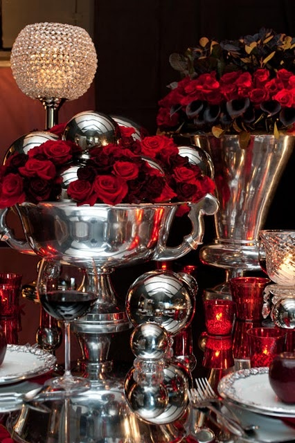 Holiday  decor-take out moms silver!