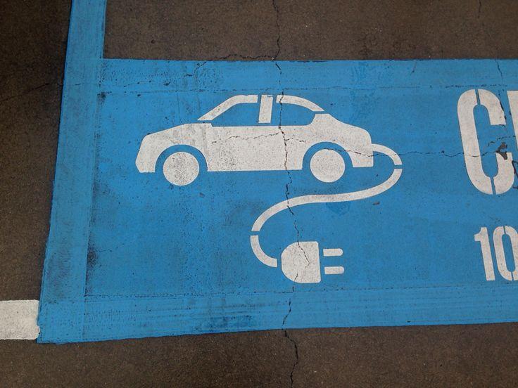 Electric car Federation Square.