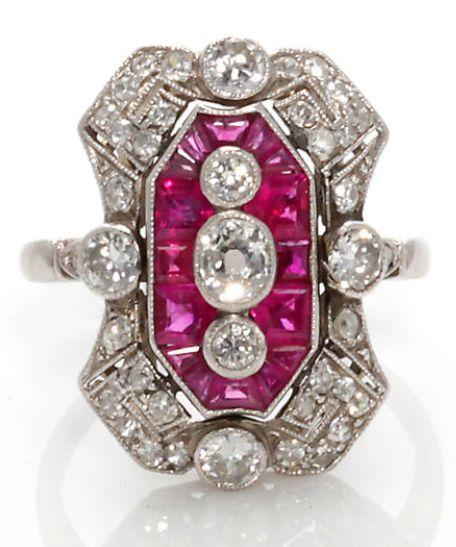 Un anillo de rubí y diamantes art deco, francés, alrededor de 1925