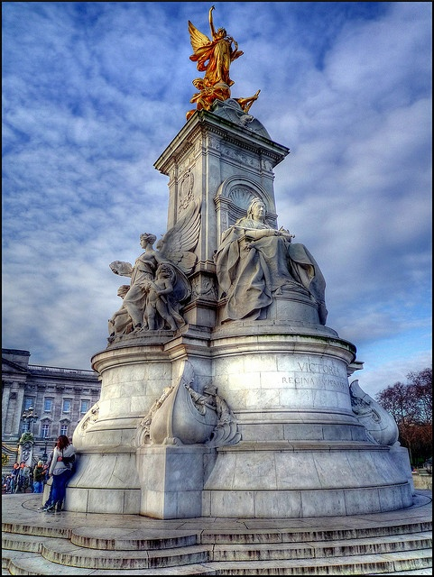 Victoria Memorial outside Buckingham Palace, London