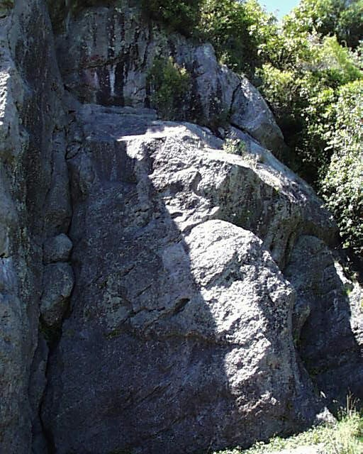 Bring your gear for the weekend and get climbing in Kinloch