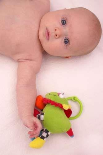 Ejercicios de estimulación temprana para bebés de 0 a 6 meses KENA.com