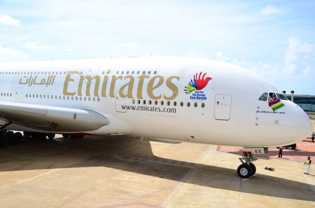 #Emirates operates first Commercial #A380 flight to #Mauritius