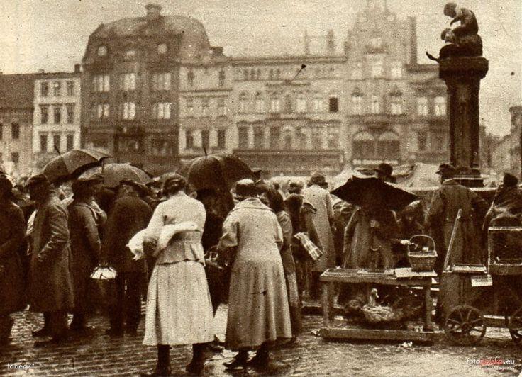 """Fontanna """"Dzieci bawiące się z gęsią"""", Bydgoszcz - 1926 rok, stare zdjęcia"""