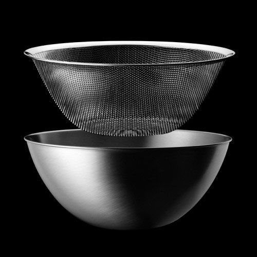 Sori Yanagi bowl and strainer...in life, this is exactly how things are supposed to work