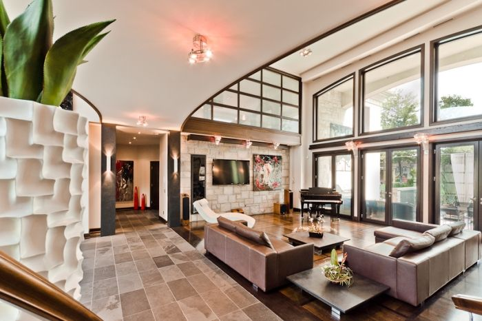 Modern Masterpiece – $4,598,000 | Pricey Pads