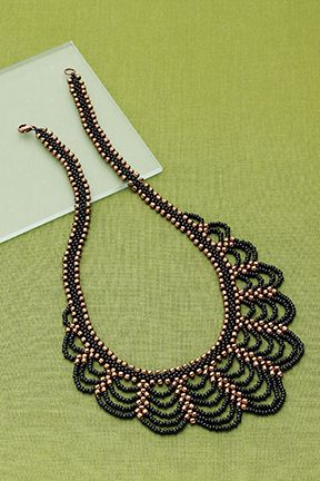 Lace inspired necklace (No tuto mirar otro video en el que está el tuto)