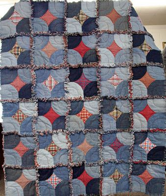 Levi Quilt by Ilene at the Tuesday Quilt Club, based on a 10-Minute-Block tutorial