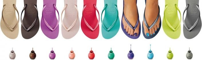 Havaianas aux Galeries Lafayette ou les ongles assortis aux tongs.  Matching nail colors and flipflops: Havanianas at Galeries Lafayette.