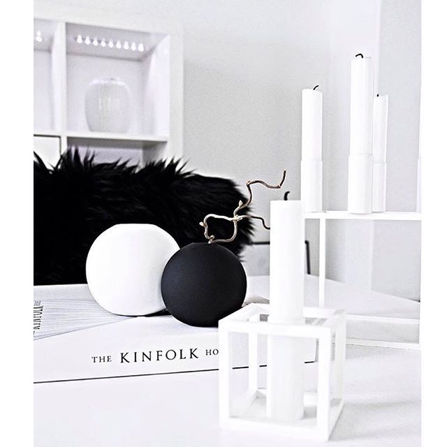 Black n White details ⚫️⚪️ Photo credit: @mitliversmukt  #details #black #white #style #love