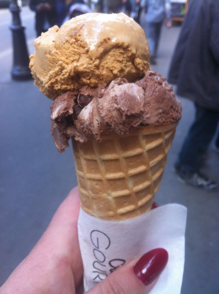 KitKat and Fudge ice cream from a little stall around the corner from the Notre Dame. Genuinely one of the nicest things I've ever had.