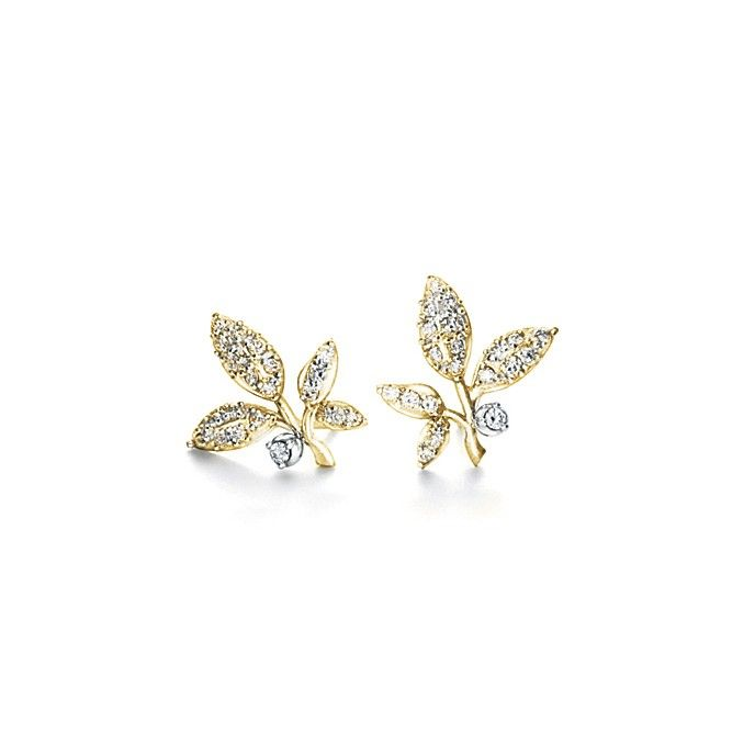 Winter Frost earrings in 18K yellow gold and diamonds TW.VS by OLE LYNGGAARD COPENHAGEN  www.olelynggaard.com