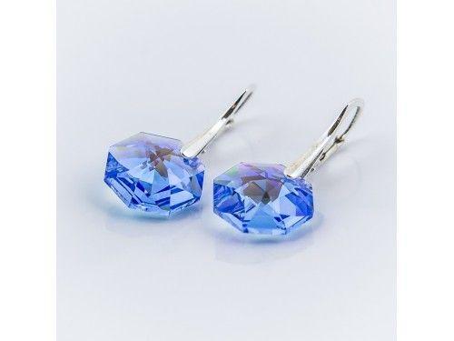 KOLCZYKI SWAROVSKI OCTAGON 14MM MEDIUM SAPPHIRE BLUE AB SREBRO 925 - KL2166 Materiał: Srebro 925 + kryształ Swarovski Elements Kolor: Medium Sapphire Blue AB Rozmiar kamienia: 1,4cm Wysokość kolczyka: 3,0cm Waga srebra: 1,33g ( 1 para ) Waga kolczyków z kamieniami: 4,45g