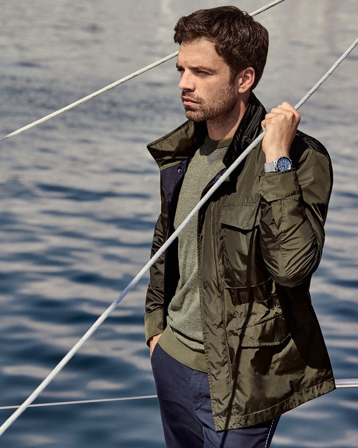 A look to envy: lightweight layers in khaki green offer both form and function #SummerOfEase
