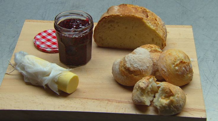No Prove Bread with Butter and Raspberry Jam