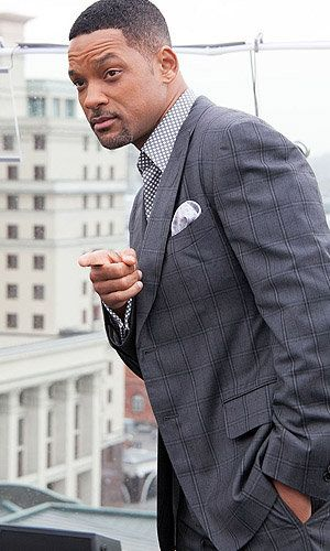 This man is SEXY for days!! he can get it- Plus hes dressed to the tee!!! I want my man to dress like that