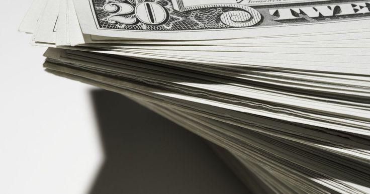 Lista de los activos más líquidos. Imagina que tienes que pagar US$1.000 a alguien mañana. Para pagar esta deuda, es posible seguir una serie de opciones: retirar dinero de tu cuenta bancaria, un cheque o vender tus posesiones para llegar con el dinero son algunos ejemplos. Algunas de estas opciones tienen una mayor liquidez, o convertibilidad, que otras. Con algunas de las ...