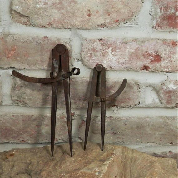 Two Vintage Compass Tools / Metal Calipers / Rusty Old Tools /