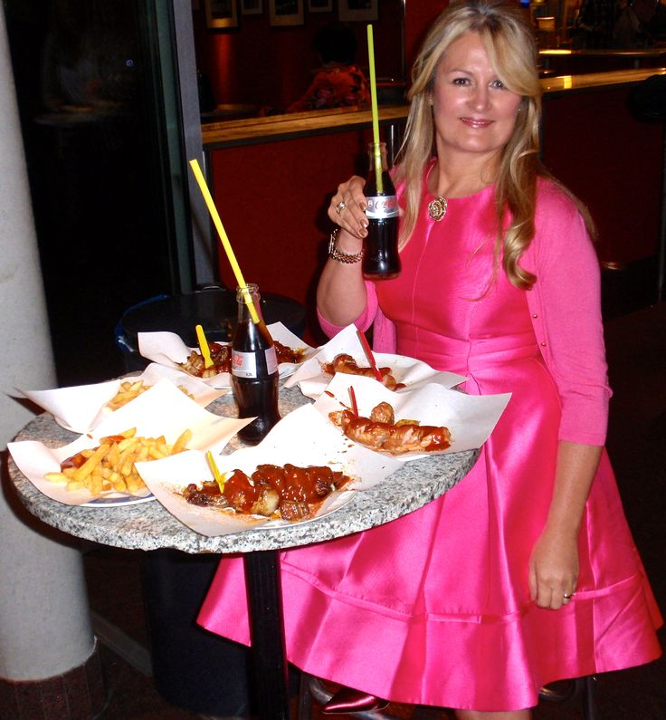* After the party ....kudamm 195 currywurst....*