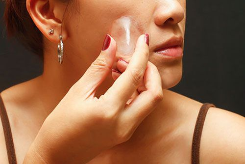13 Natural and Easy Tricks to Vanish you Pimples Overnight