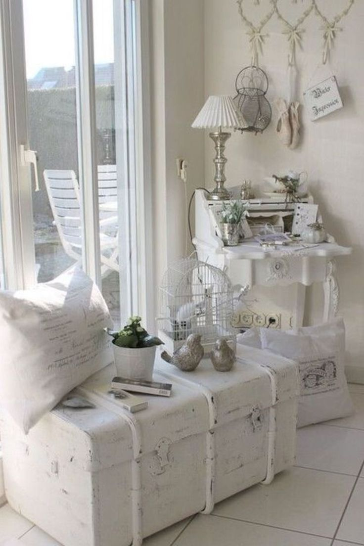 Turning Back The Clock With Shabby Chic Decorating Shabby Chic