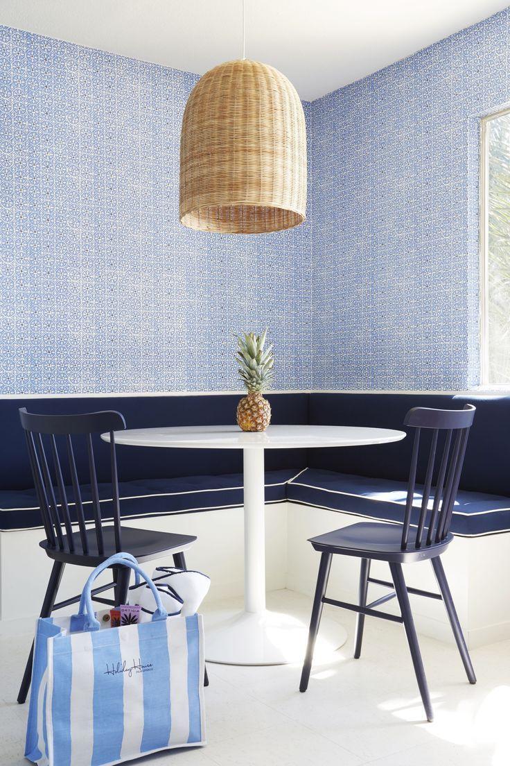 blue kitchen nook inspo!