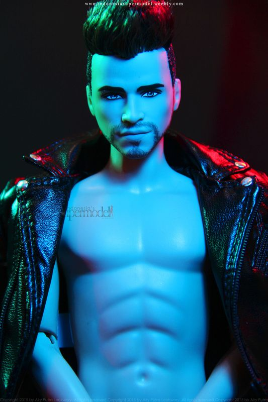 Liam Hemsworth Doll