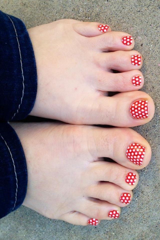 Red Polka Nail Wrap  www.robynpaulson.jamberrynails.net  #nails #nailart