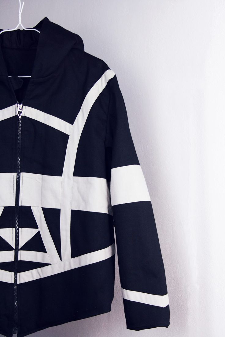 Edgy jacket for men - black&white casual wolf jacket from www.instinctive.ro
