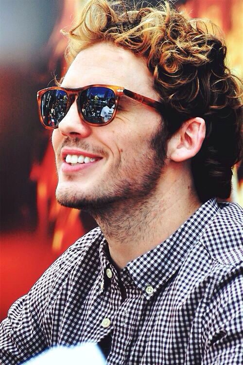 Sam Claflin, I'm happy to be from the same country as you...