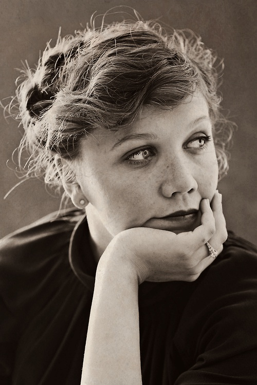 50 best images about Maggie Gyllenhaal on Pinterest Maggie Gyllenhaal