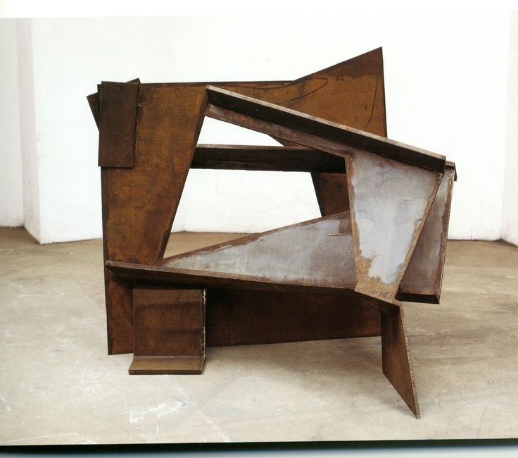Antony Caro - more sculpture work. Wonky lines, lots of geometry, organic look due to wood material, perhaps relation to interiors??