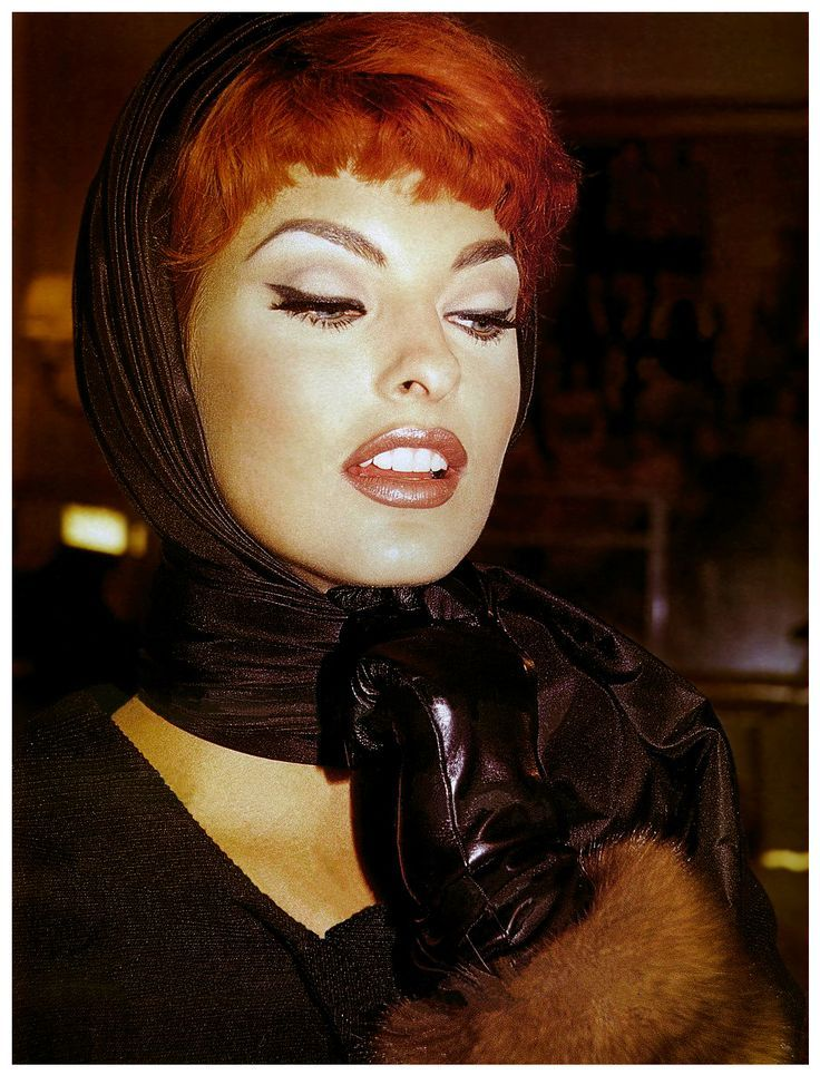 Linda Evangelista Covers The 35th Anniversary Issue Of: 1000+ Images About Linda Evangelista Runway On Pinterest