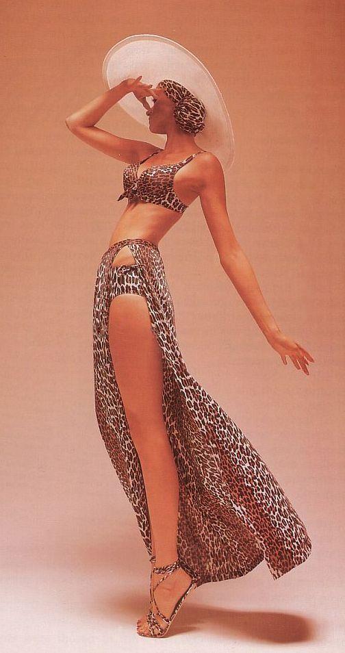Leopard Swim Wear 1954 vintage fashion bikini color photo print ad 50s ?? swimsuit shoes sandals hat skirt