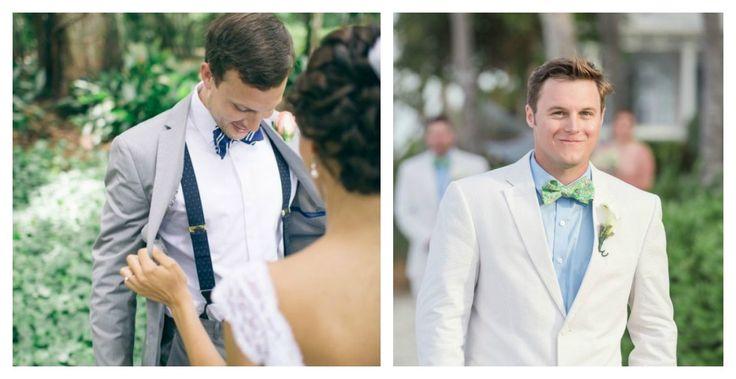 Что надеть жениху на свадьбу? А вы у нас спросите!  Оформление свадебного наряда для жениха целиком зависит от стилистики свадьбы. Если вы не преследуете цель организовать экстравагантную свадьбу или мультяшное шоу, то в общем случае рекомендуем следующее.