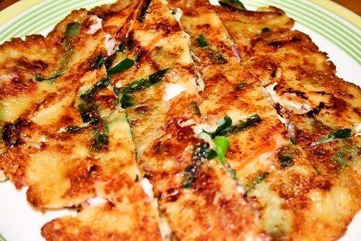 韓国料理店にも負けない パリッとサクサク海鮮チヂミの作り方(レシピ) | 韓国料理店に負けない韓国家庭料理レシピ「眞味」