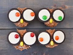 Easy owl cupcakes in Decoration stuff for cupcakes and muffins