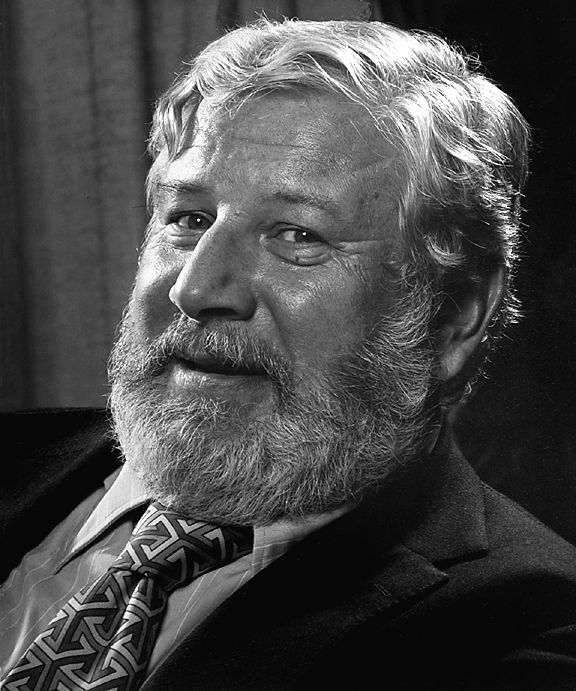 Peter Ustinov. The great raconteur and actor. Probably Stephen Fry's idol.