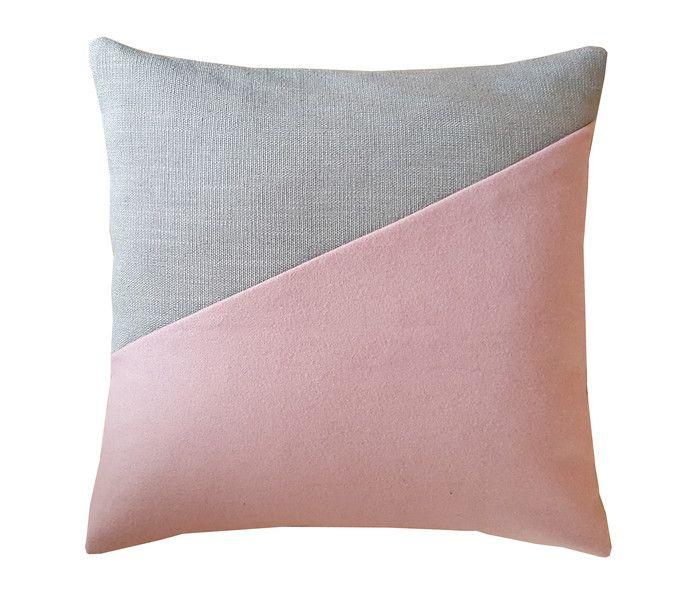 kissen fr latest kissen fr braune couch glamours braune couch mit kissen with kissen fr. Black Bedroom Furniture Sets. Home Design Ideas