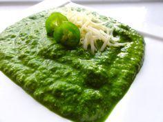 Spinach-Jalapeno pesto sauce.  Similar to Cafe Patachou. Use on top of Cuban Breakfast.